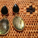 Orecchini in ottone con pietre naturali